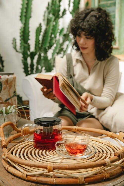 Δωρεάν στοκ φωτογραφιών με cafe, ανάγνωση, αναψυκτικό