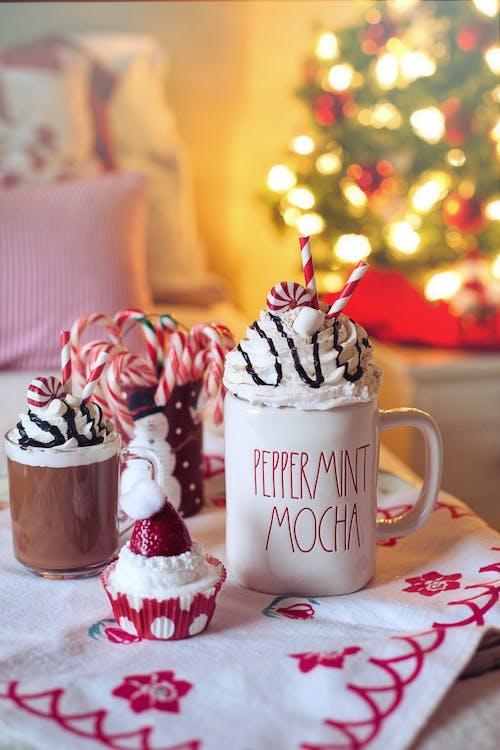 White Ceramic Mug With Chocolate and Strawberry Ice Cream