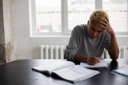 アフリカ系アメリカ人, おとこ, クラスの無料の写真素材