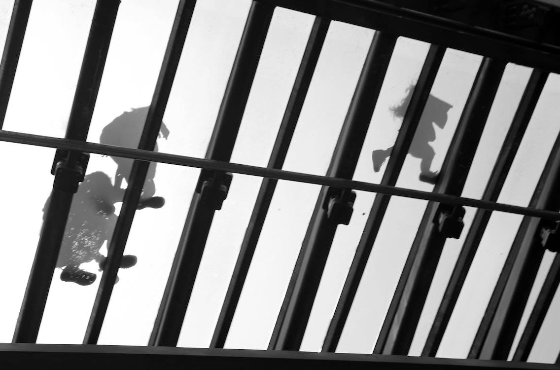 cam köprü, cam köprünün altında, gondol'dan görüntülemek içeren Ücretsiz stok fotoğraf