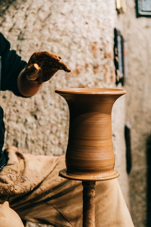 Бесплатное стоковое фото с Анонимный, безликий, ваза
