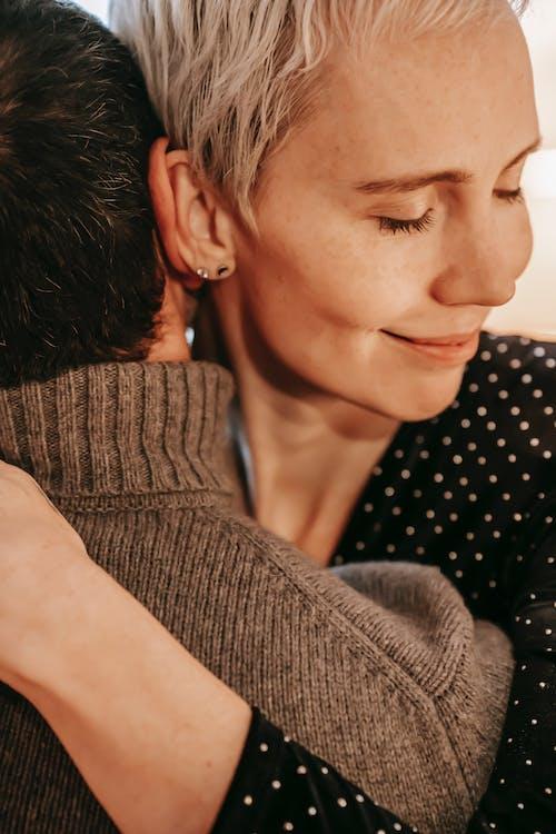Безкоштовне стокове фото на тему «amour, безтурботний, близький»