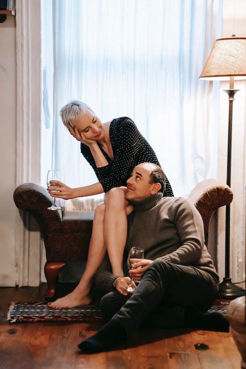 Ilmainen kuvapankkikuva tunnisteilla alkoholi, aviomies, chillata