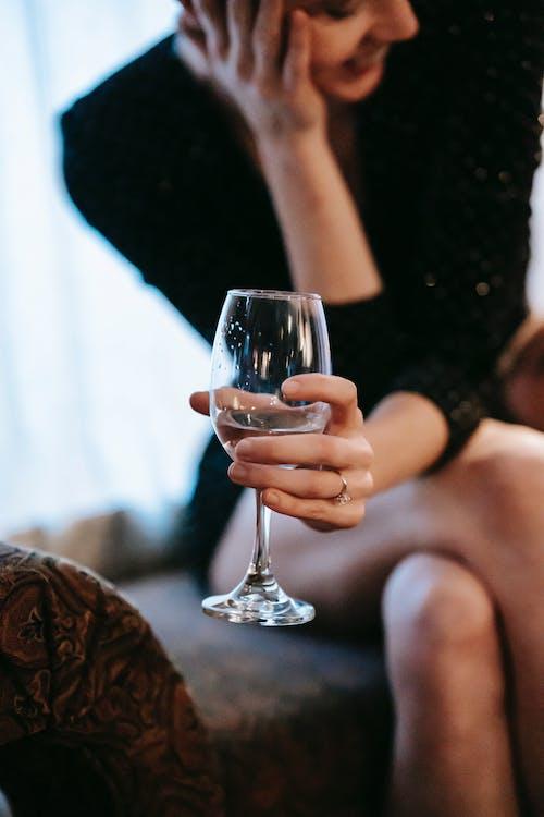 Ilmainen kuvapankkikuva tunnisteilla alkoholi, bileet, chillata