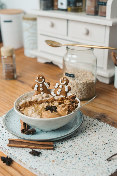 Bowl of Oatmeal Topped with Gingerbread