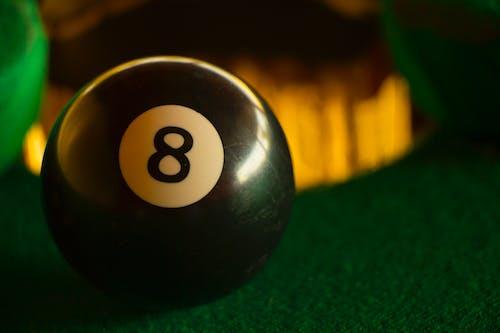 Ilmainen kuvapankkikuva tunnisteilla biljardi, biljardi pallo, biljardipöytä