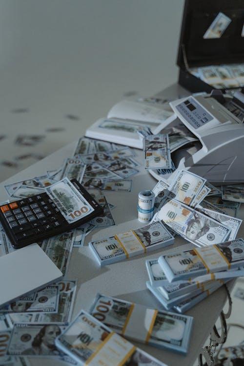 Kostenloses Stock Foto zu banditen, bank, bankkarte