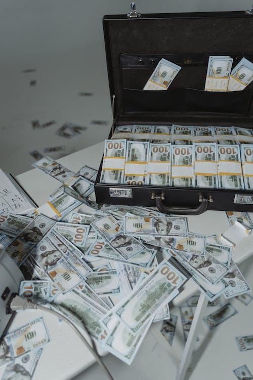 Fotos de stock gratuitas de abundancia, ahorros, arrestar