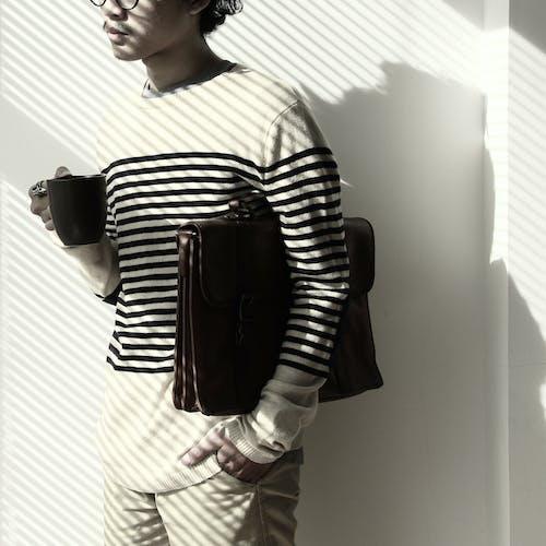 Kostenloses Stock Foto zu fashion, gentleman, geschäftsmann, kaffee
