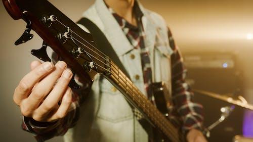 Foto stok gratis bass, gitar bass, instrumen bass
