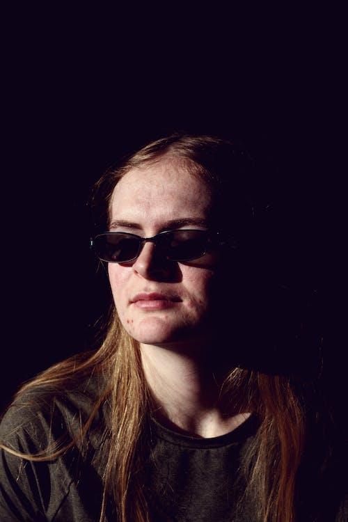 20 25 yaşındayım kadın, açık, adam, akne içeren Ücretsiz stok fotoğraf