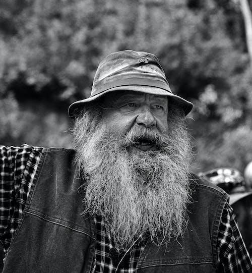 Gratis lagerfoto af digger, gammel mand, mand