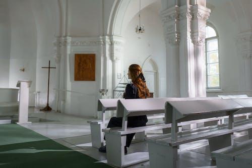 Základová fotografie zdarma na téma černé šaty, církev, duchovní