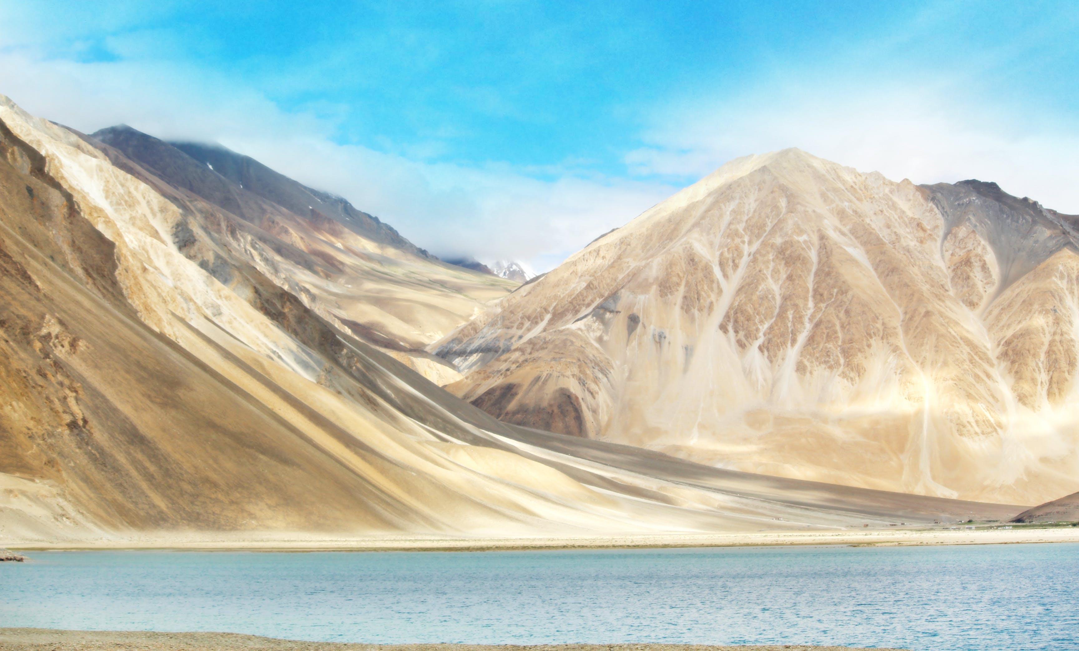 Gratis stockfoto met bergen, daglicht, h2o, hemel