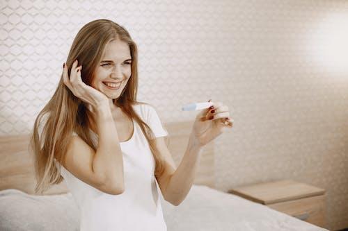 Ingyenes stockfotó mosolygás, nő, szép témában