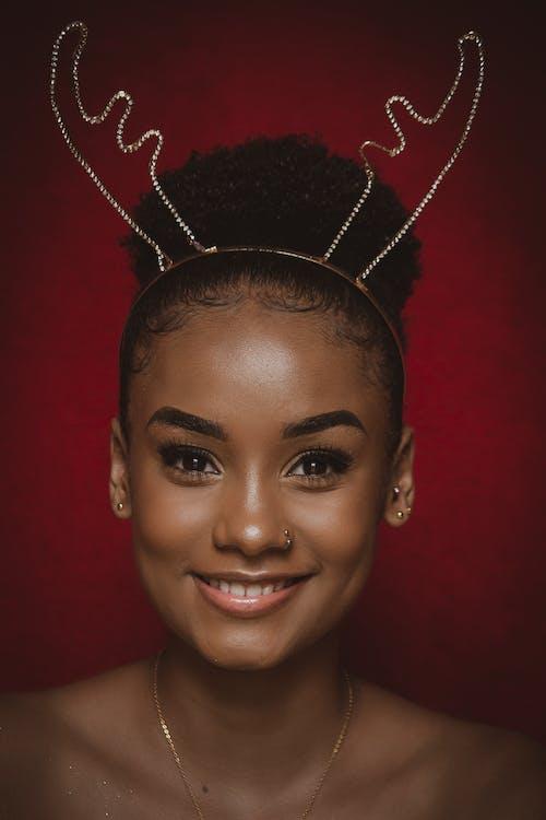 Gratis stockfoto met aantrekkingskracht, Afrikaanse vrouw, charmant, elegant