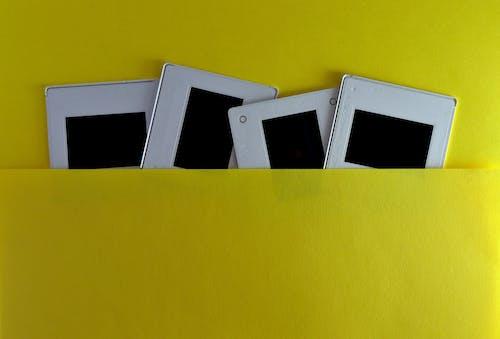 Fotobanka sbezplatnými fotkami na tému 35mm, analógový, biela, fotka