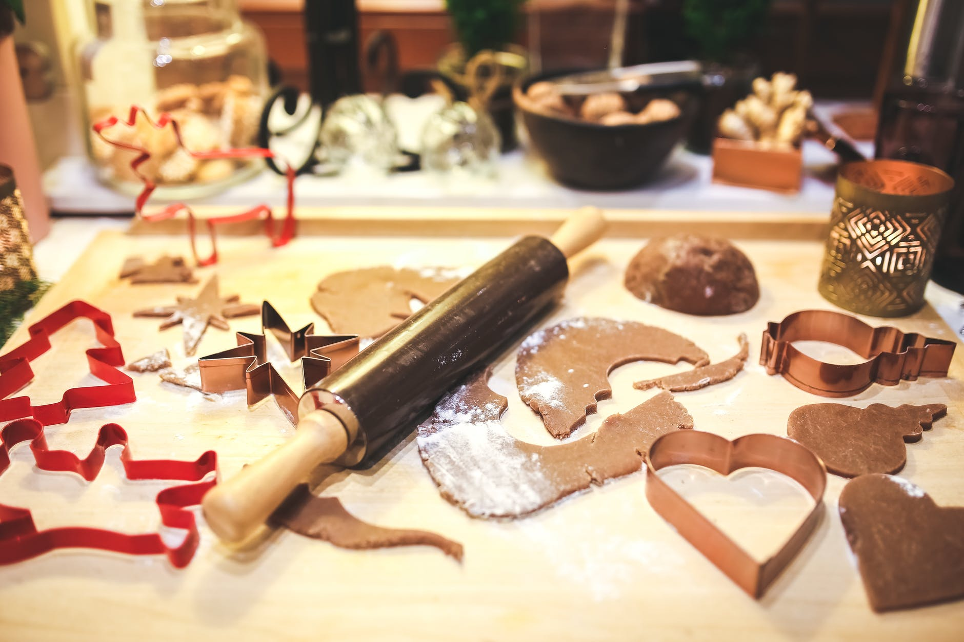 Bake homemade gingerbread together