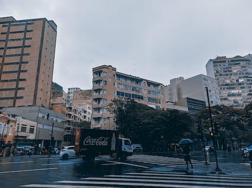下雨後, 交通, 光, 光線 的 免費圖庫相片