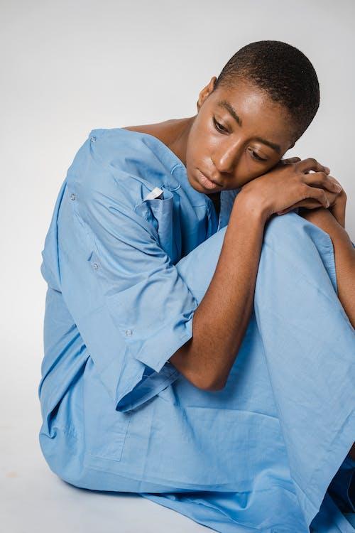 Безкоштовне стокове фото на тему «андрогінні, афро-американська жінка, Біда»