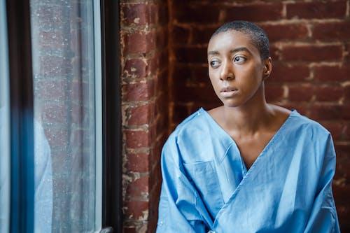 Kostenloses Stock Foto zu afroamerikaner-frau, allein, Ärger
