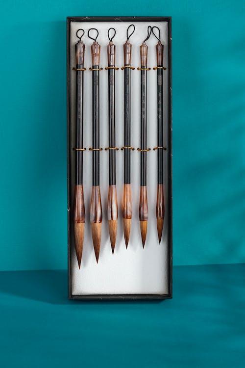 A Close-Up Shot of a Paint Brush Set