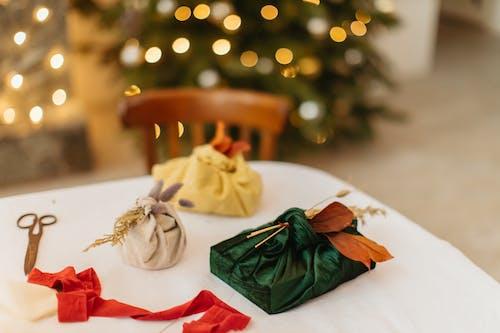 Бесплатное стоковое фото с декорации, декорация, день рождения, дерево