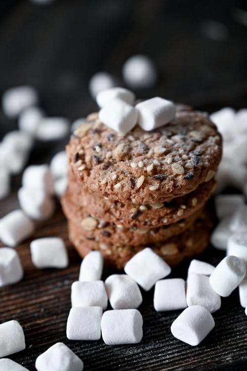 Cookies with Marshmallows on Top