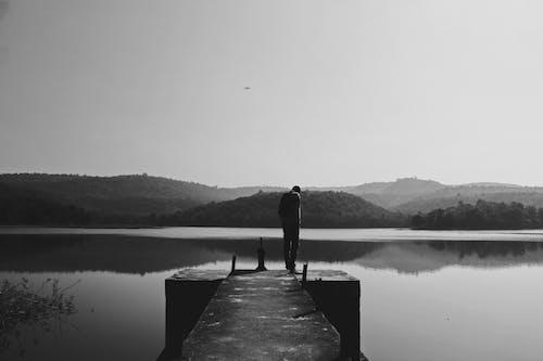 Fotobanka sbezplatnými fotkami na tému hmla, jazero, krajina