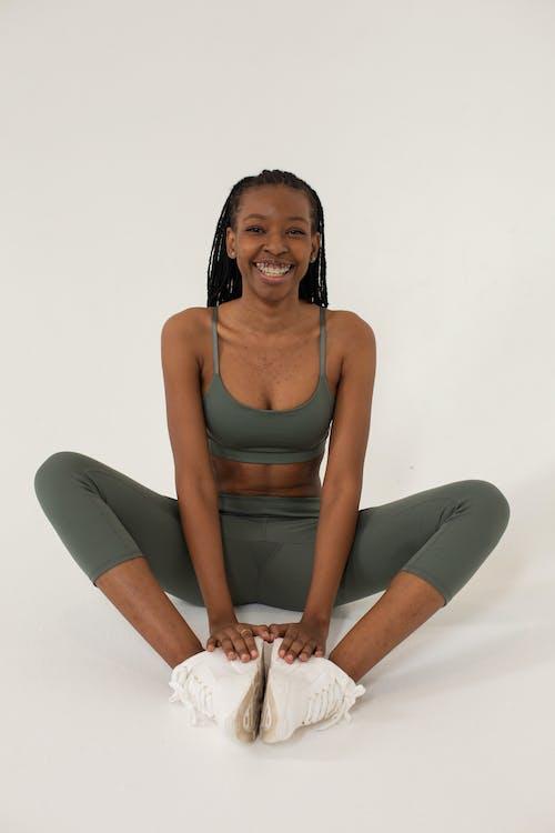 Gratis stockfoto met aardig, activewear, Afro-Amerikaanse vrouw