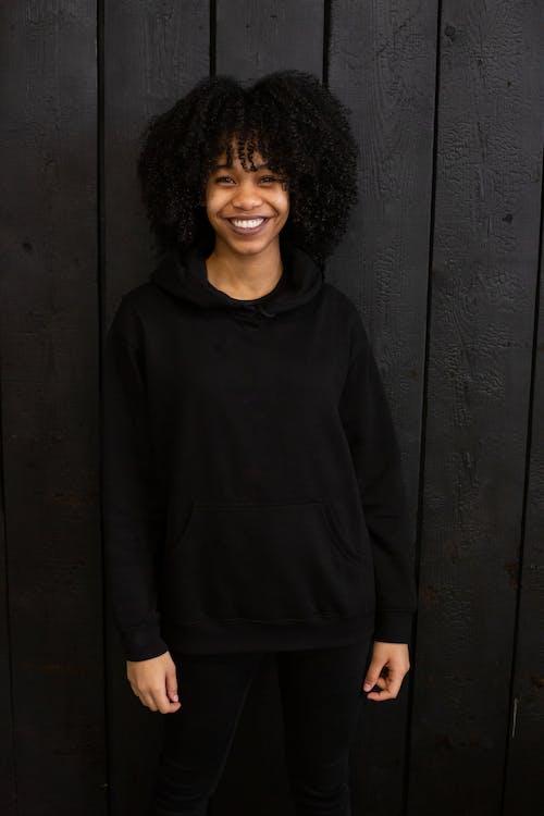 Fotos de stock gratuitas de afro, alegre, apariencia