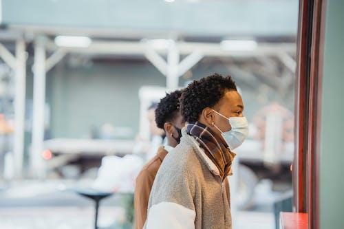 Kostnadsfri bild av afrikanska amerikanska män, allvarlig, anonym