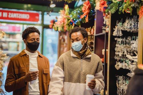 Gratis stockfoto met aandenken, afro-amerikaanse mannen, beschermend