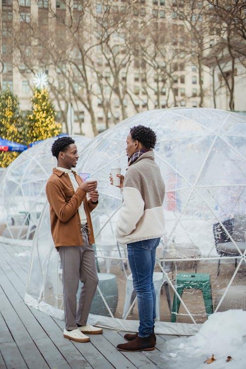 Gratis stockfoto met afhalen, afro-amerikaanse mannen, afspraakje