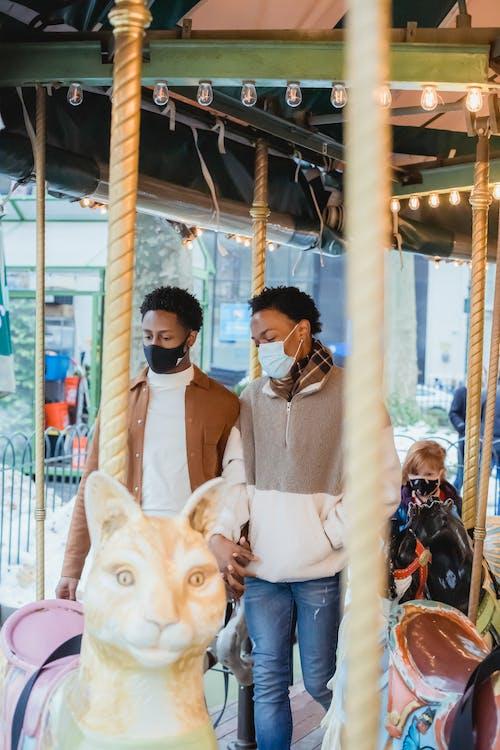 Gratis stockfoto met afro-amerikaanse mannen, afspraakje, amusement