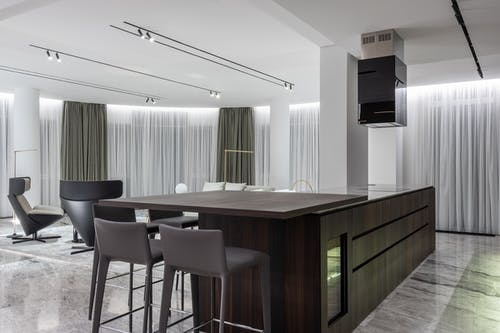 Modern spacious studio with kitchen and dining zone