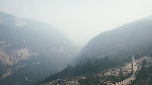 カリフォルニア, ドローン, ハイキングの無料の写真素材