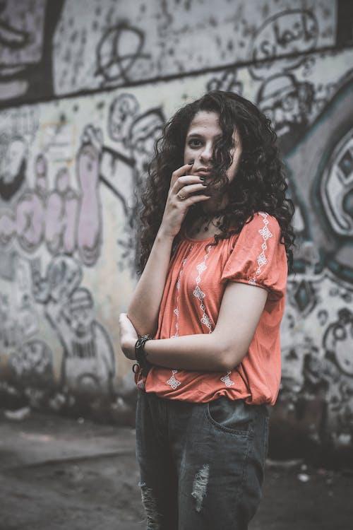 Бесплатное стоковое фото с волос, девочка, темная сторона, тишина