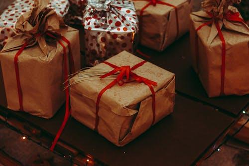 Fotobanka sbezplatnými fotkami na tému balenie, darčeky, dary