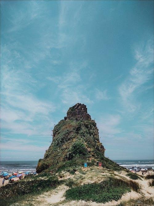 Безкоштовне стокове фото на тему «берег моря, вода, камінь»