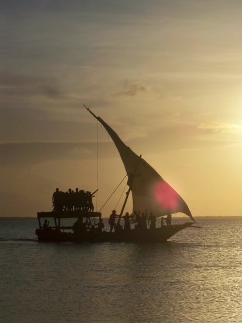 คลังภาพถ่ายฟรี ของ การเดินเรือ, ตะวันลับฟ้า, ทะเล, เรือ