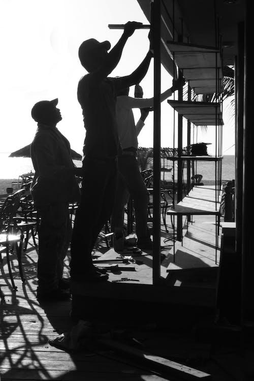 คลังภาพถ่ายฟรี ของ การก่อสร้าง, ขาวดำ, คนงาน