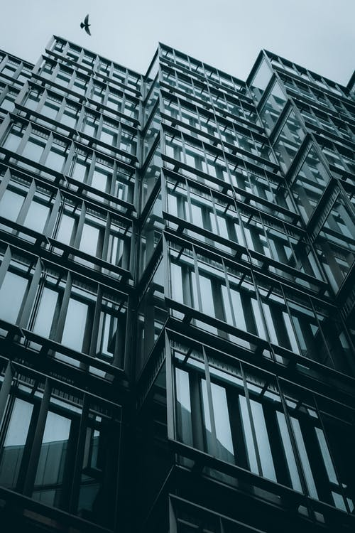 Fotobanka sbezplatnými fotkami na tému architektúra, autá, bok, budova