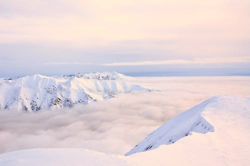 Kostenloses Stock Foto zu alpin, berge, gipfel