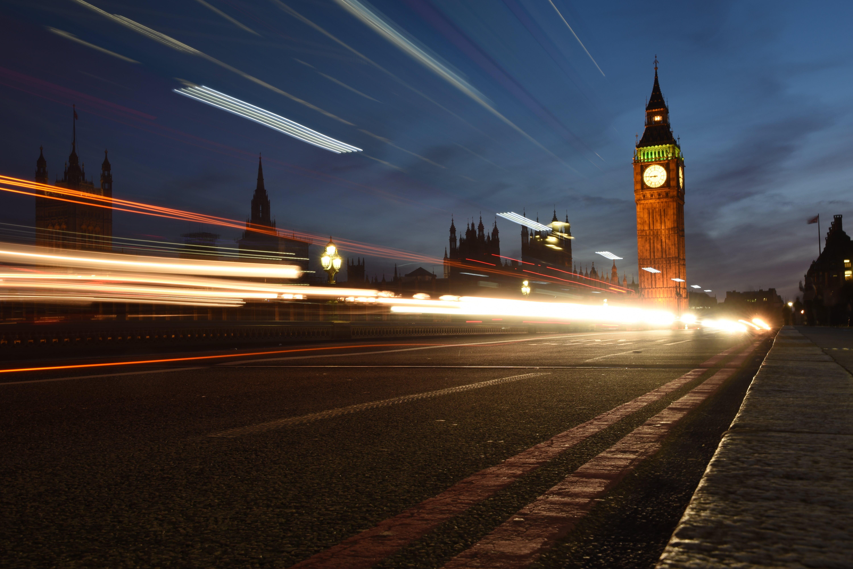 Foto d'estoc gratuïta de arquitectura, Big Ben, borrós, carrer