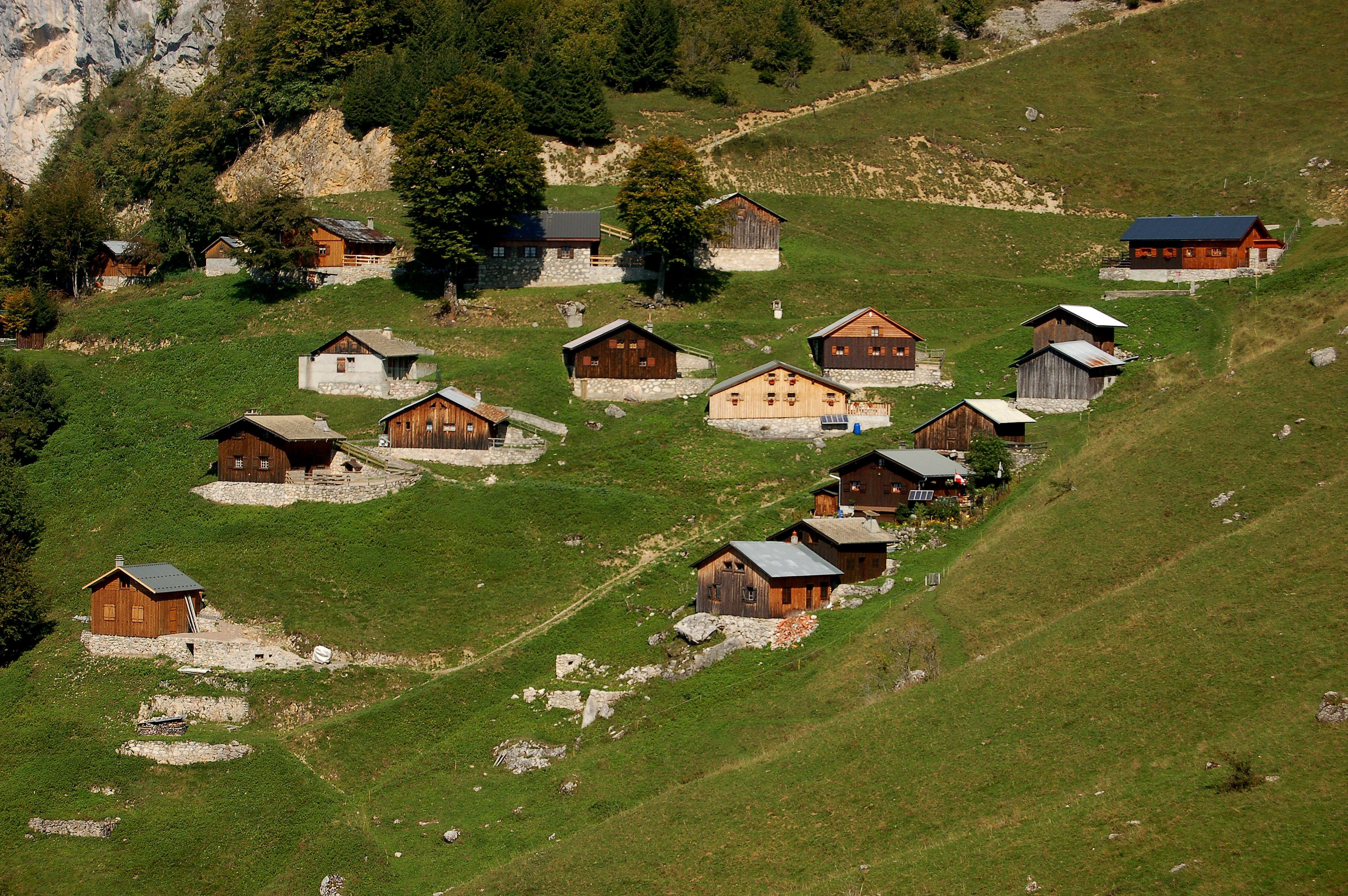 Free stock photo of Montain house, mountain, Zwizerland