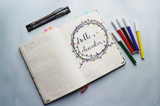 Kostenloses Stock Foto zu notizbuch, schreiben, bunt, zeitplan