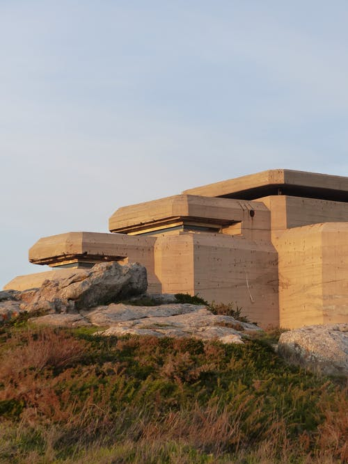 Základová fotografie zdarma na téma architektura, batz sur mer, bez oblačnosti