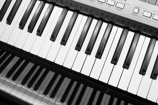 Gray Electric Keyboard