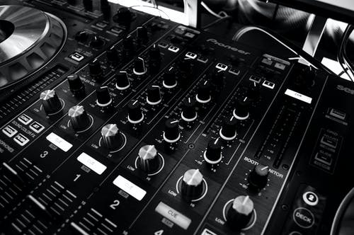 Fotos de stock gratuitas de audio, DJ, energía, girar